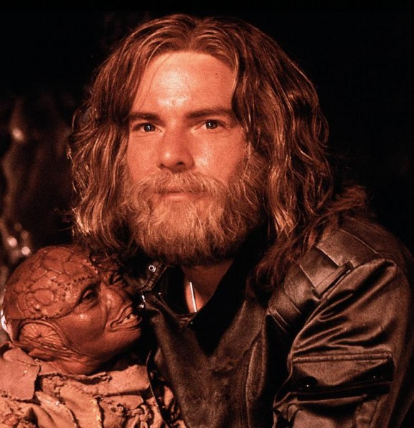 Willis Davidge and baby Zammies.